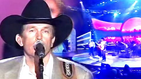 George Strait – Medley of Hits (Live) (VIDEO)   Country Music Videos