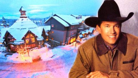 George Strait – Merry Christmas (Wherever You Are) (VIDEO)   Country Music Videos