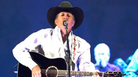 George Strait – Middle Age Crazy | Country Music Videos