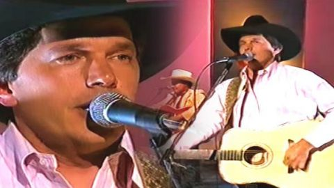 George Strait – Someone Had To Teach You (VIDEO)   Country Music Videos
