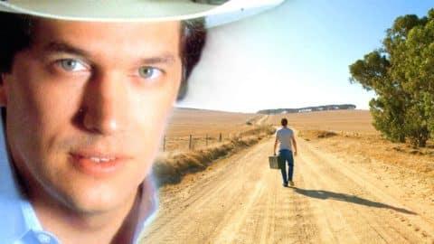 George Strait – Today My World Slipped Away (Raymond James Stadium 1999 Live) | Country Music Videos