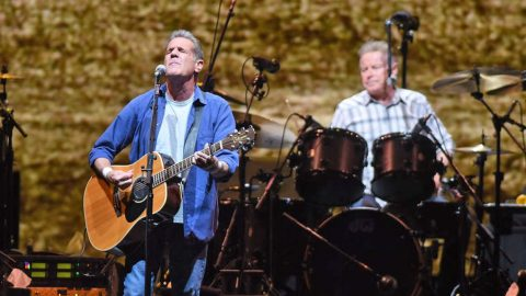 The Eagles Postpone Kennedy Center Honors Due To Health Concerns | Country Music Videos