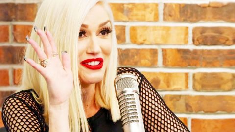 Gwen Stefani Gushes About When Blake 'Popped The Big Question' | Country Music Videos