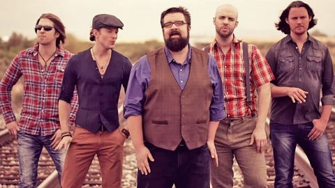 Home Free Wows With A Cappella Mashup Of 'Wagon Wheel' & 'Song Of The South'   Country Music Videos