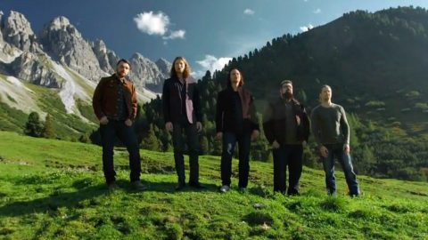 'How Great Thou Art' Gets A Cappella Remake By Home Free | Country Music Videos