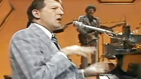 Jerry Lee Lewis Turns Kristofferson Hit Into Fiery Piano Masterpiece You Simply Can't Miss | Country Music Videos