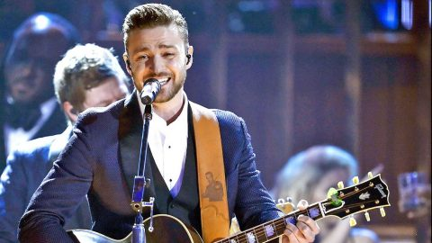 Justin Timberlake Makes Debut On Country Charts | Country Music Videos