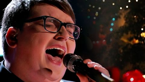 Jordan Smith Rings In The Season With Iconic 'Mary, Did You Know?' Performance   Country Music Videos