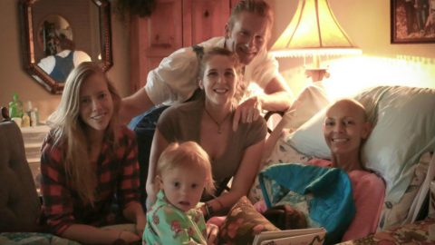 Joey Feek Has Special Way Of Keeping Her Daughters Close | Country Music Videos