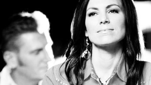 Public Memorial Service Announced For Joey Feek | Country Music Videos
