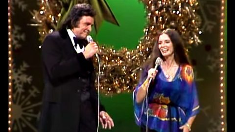 """Johnny & June Sing """"I Heard The Bells On Christmas Day"""" During 1982 TV Special 