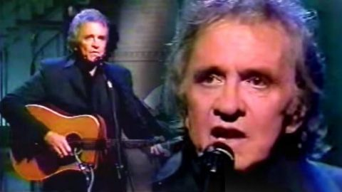 Johnny Cash – Blowin in the Wind (Live 1992 ) | Country Music Videos