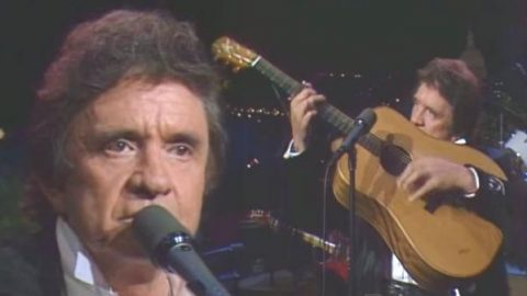 Johnny Cash – Ghost Riders In The Sky (Live 1987) | Country Music Videos