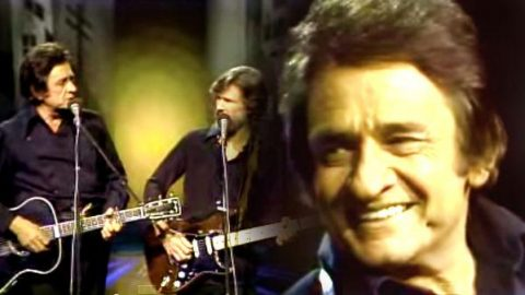 Johnny Cash and Kris Kristoffersen – Sunday Morning Coming Down   Country Music Videos