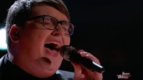 "Jordan Smith Takes 'The Voice' To Church With ""Great Is They Faithfulness"" 