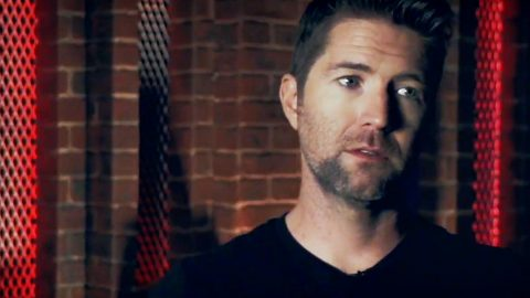 Josh Turner Explains 'Humiliation' He Faced In Voice Rehab | Country Music Videos
