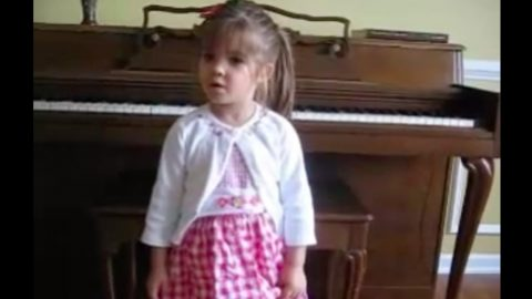 3-Year Old Delivers Pitch Perfect Rendition Of 'The Star-Spangled Banner' | Country Music Videos