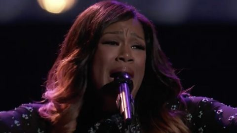 Team Blake Member Earns Frontrunner Status With Powerful Trisha Yearwood Cover | Country Music Videos