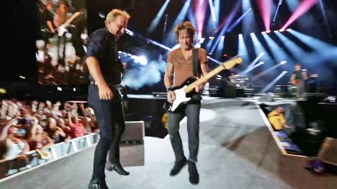 Keith Urban Asks Crowd To Start Jumping. But What Happens Next? INSANE! | Country Music Videos