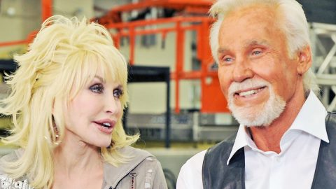 Kenny Rogers Spills The Beans On His 'Spontaneous' Relationship With Dolly Parton | Country Music Videos