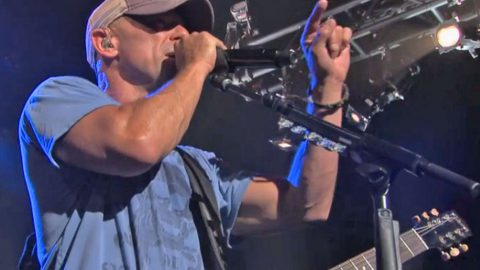 Kenny Chesney Opens Up To Fans About Relationships | Country Music Videos
