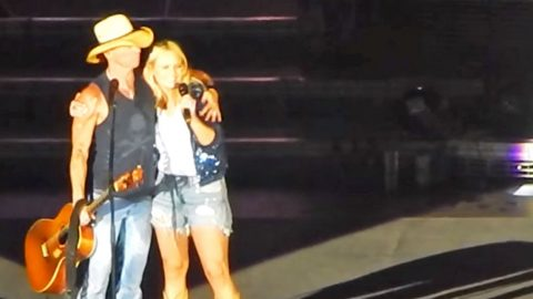 Kenny Chesney & Miranda Lambert Stop Mid-Concert To Sing 'Carried Away' | Country Music Videos