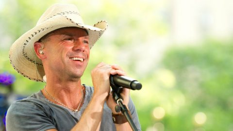 Kenny Chesney Uses Tour To Find Bone Marrow Matches | Country Music Videos