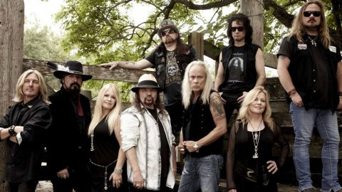 Think You Know Lynyrd Skynyrd? (QUIZ) | Country Music Videos