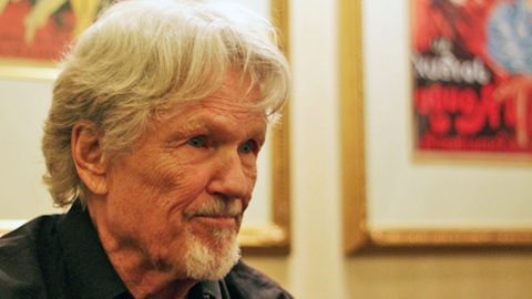 Kris Kristofferson Collapsed Twice After Doctors' Heartbreaking Wrong Diagnosis | Country Music Videos