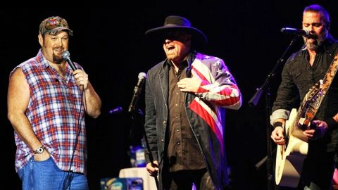 Watch Larry The Cable Guy Jam Out With Eddie & Troy In Rare