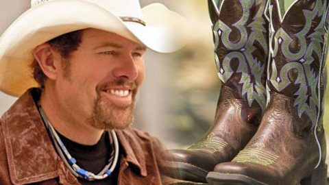 Toby Keith – Last Living Cowboy | Country Music Videos