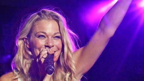 LeAnn Rimes Has Exciting Surprise For Fans On Tour | Country Music Videos