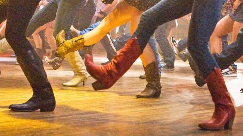 5 Of The Most Epic Country Line Dance Fails (WATCH) | Country Music Videos