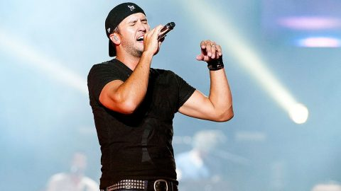 Luke Bryan Shares Thoughts On Confederate Flag Debate (WATCH)   Country Music Videos