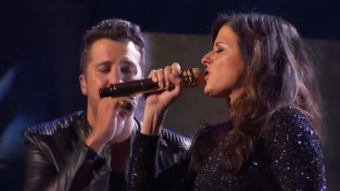 Luke Bryan And Karen Fairchild Deliver Steamy AMA Performance of 'Home Alone Tonight' | Country Music Videos