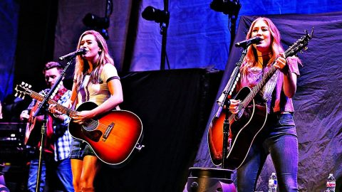 Country Duo Singer Reveals Troubling Depression, Lost Record Deal | Country Music Videos