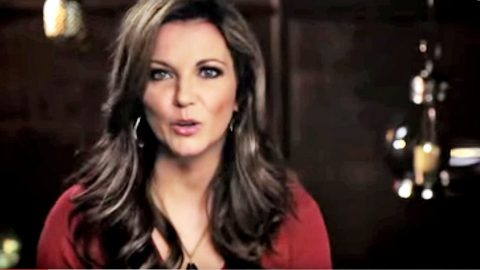 Martina McBride Asks For Prayers During Emergency | Country Music Videos