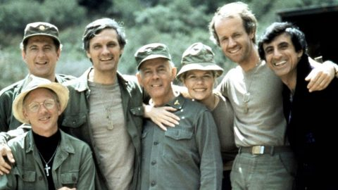 Beloved M.A.S.H. Star Dies At Age 84 | Country Music Videos