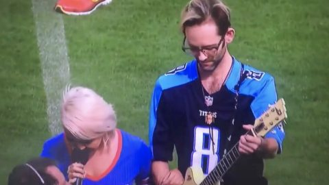 Country Singer Takes A Knee After National Anthem Performance At NFL Game | Country Music Videos