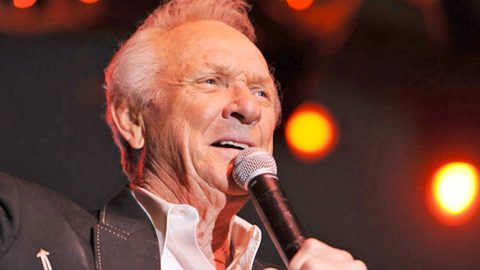 Country Legend Mel Tillis Has Died | Country Music Videos
