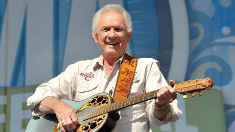 Funeral Arrangements Announced For Mel Tillis | Country Music Videos