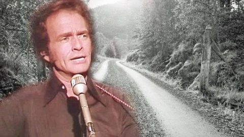 Merle Haggard – Roots Of My Raising (VIDEO) | Country Music Videos
