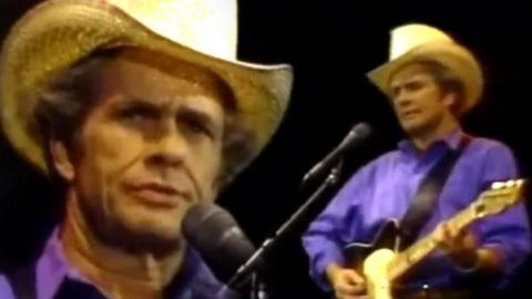 Merle Haggard – When Times Were Good (Live) | Country Music Videos