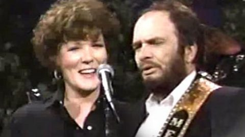 Merle Haggard and Bonnie Owens – Just Between The Two Of Us | Country Music Videos