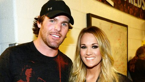 Carrie Underwood's Injured Husband Gets Back On The Ice After Nearly A Month | Country Music Videos