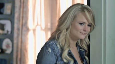 Miranda Lambert Featured In First Teaser Trailer For 'Fuller House' | Country Music Videos