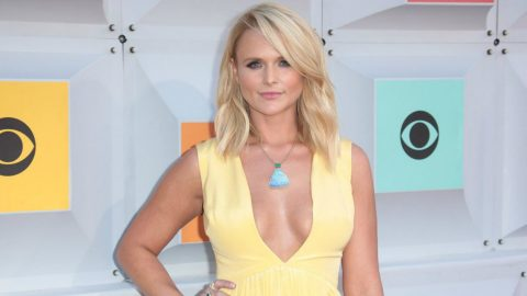 Miranda Lambert Found A Sneaky Way To Pack Heat At The ACMs | Country Music Videos