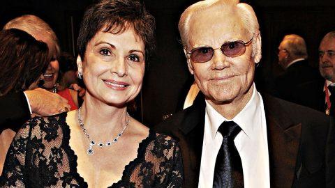 George Jones' Widow, Nancy, Undergoes Critical Surgery | Country Music Videos