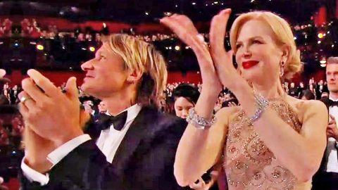 Nicole Kidman Finally Explains Bizarre Clapping At Oscars   Country Music Videos