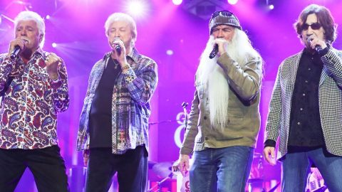 """Oak Ridge Boys Surprise Opry With Incredible Live Performance of """"Elvira"""" 